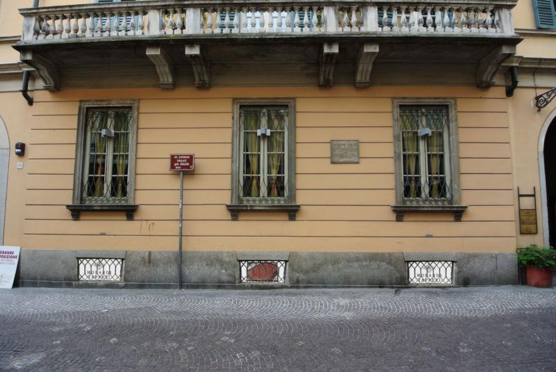 Morandi tappeti Nuova sede Palazzo Vailati via Mzzioni 80