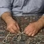 Storie dal Laboratorio: Come Avviene il Restauro di un Tappeto