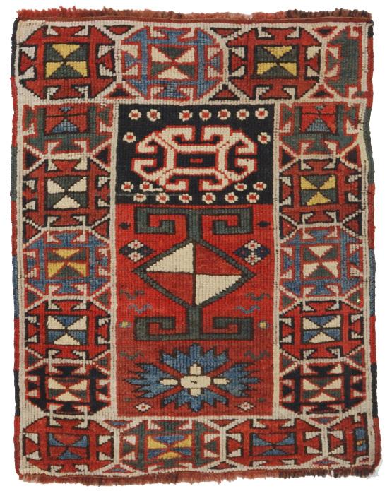 piccolo graziosissimo tappetino curdo caucasico antico