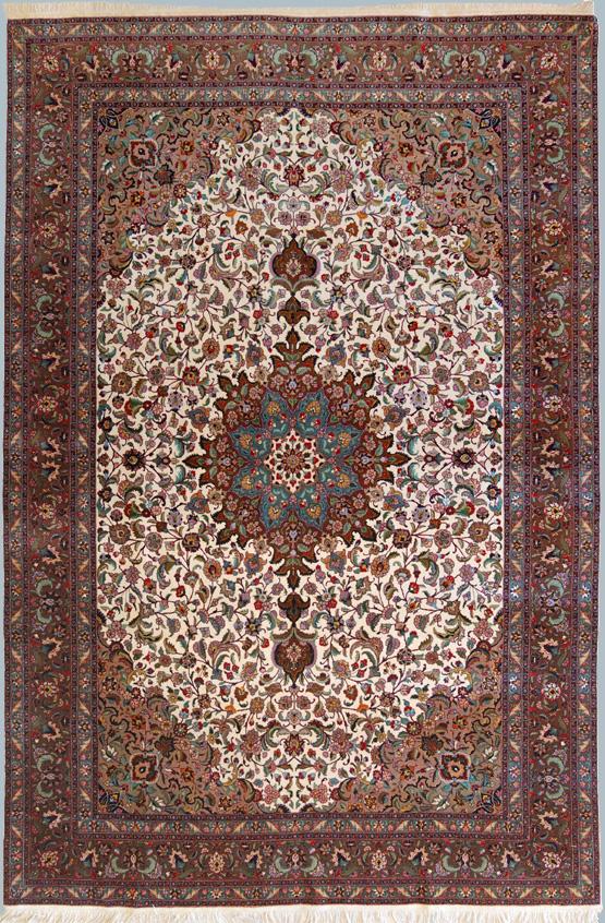 Tabriz 60 raj con seta policroma un classico fine for Tappeti classici