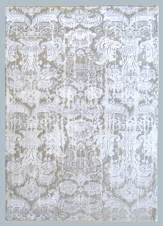 Tappeto bhadohi grigio chiaro a decoro classico adatto - Tappeto grigio chiaro ...