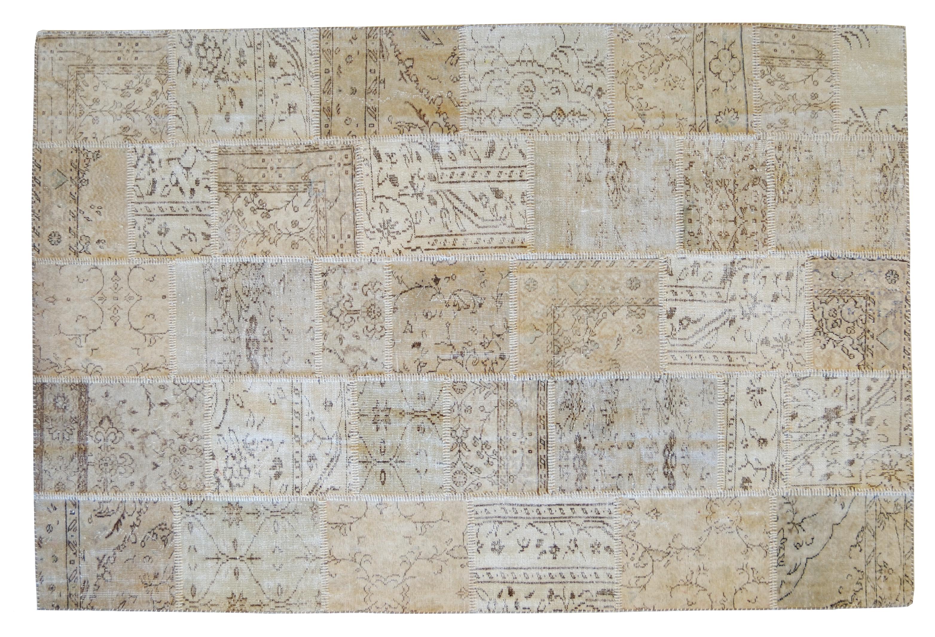 abbastanza In questo tappeto a patchwork i ritagli provengono solo da due  TO19