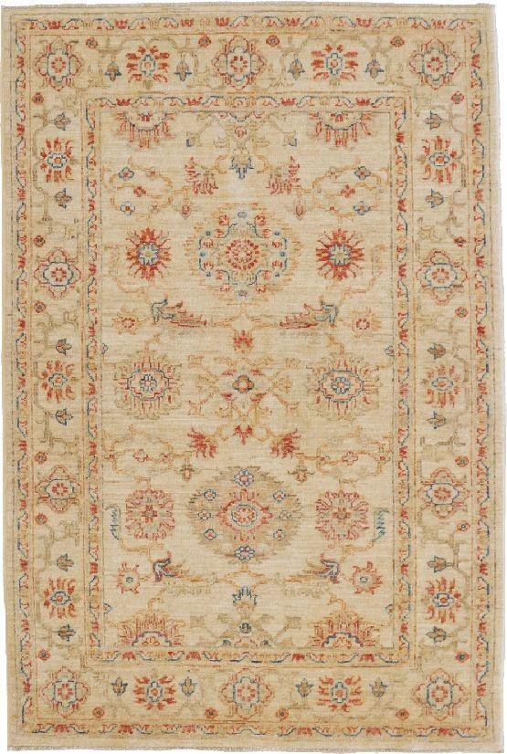 Agra dai vivaci tocchi di azzurro morandi tappeti for Tappeti classici
